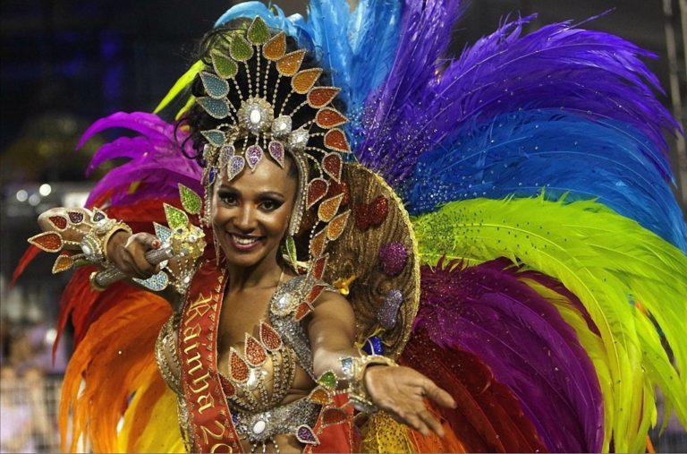Бразильский карнавал - мечта миллионов туристов и, пожалуй, одно из самых ярких и масштабных шоу на планете, увидеть которое хоть раз в жизни должен каждый